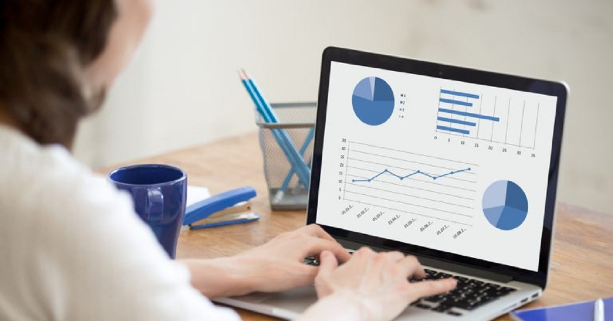 ANALYTICS AND ITS EFFECT ON DATA DISSEMINATION AND ECOMMERCE
