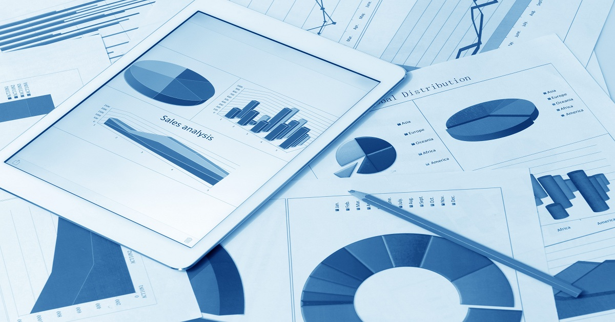 DEEP DIVE DIGITAL-FIRST BANKS HARNESS THE POWER OF DATA ANALYTICS
