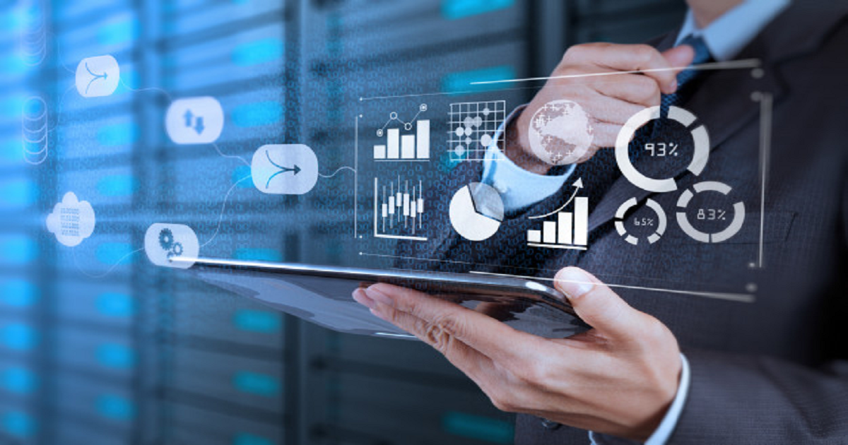 HOW TO OVERCOME CHALLENGES IN ADOPTING DATA ANALYTICS